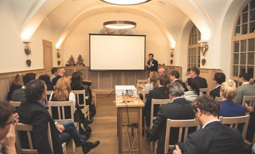 HR goes digital in München – erfahrene Experten berichten über Digitalisierung und HR