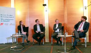 """Podiumsteilnehmer auf der Veranstaltung """"Digital. Flexibel. Selbstbestimmt?"""" von BVDS, Cisco Systems und dem DGB"""