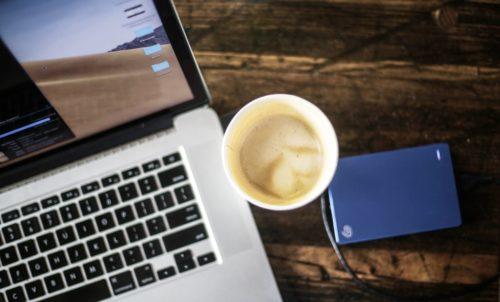 Virtuelle Zusammenarbeit und virtuelle Kaffeeküchen